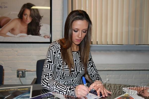 Jessika Alaura Nude Photos 5